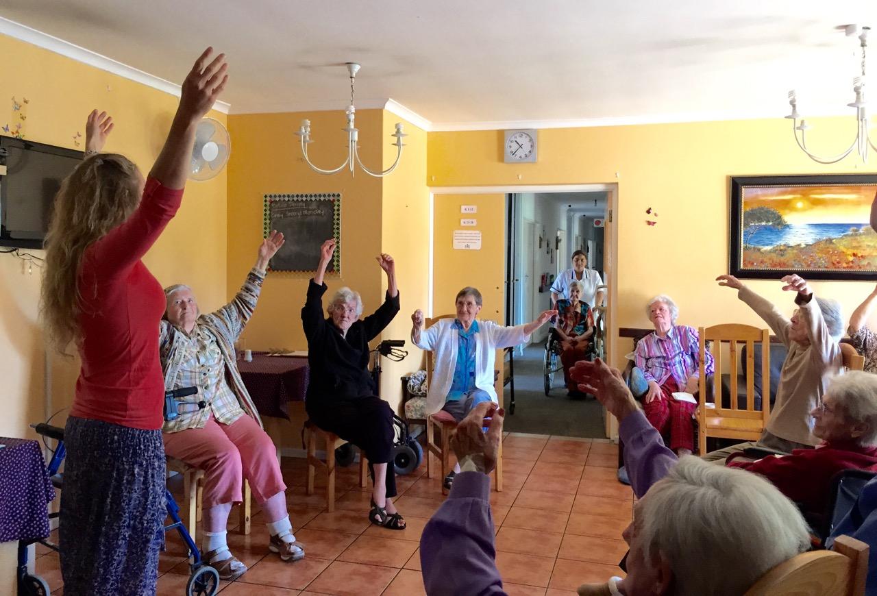 Albe teaching elderly 1