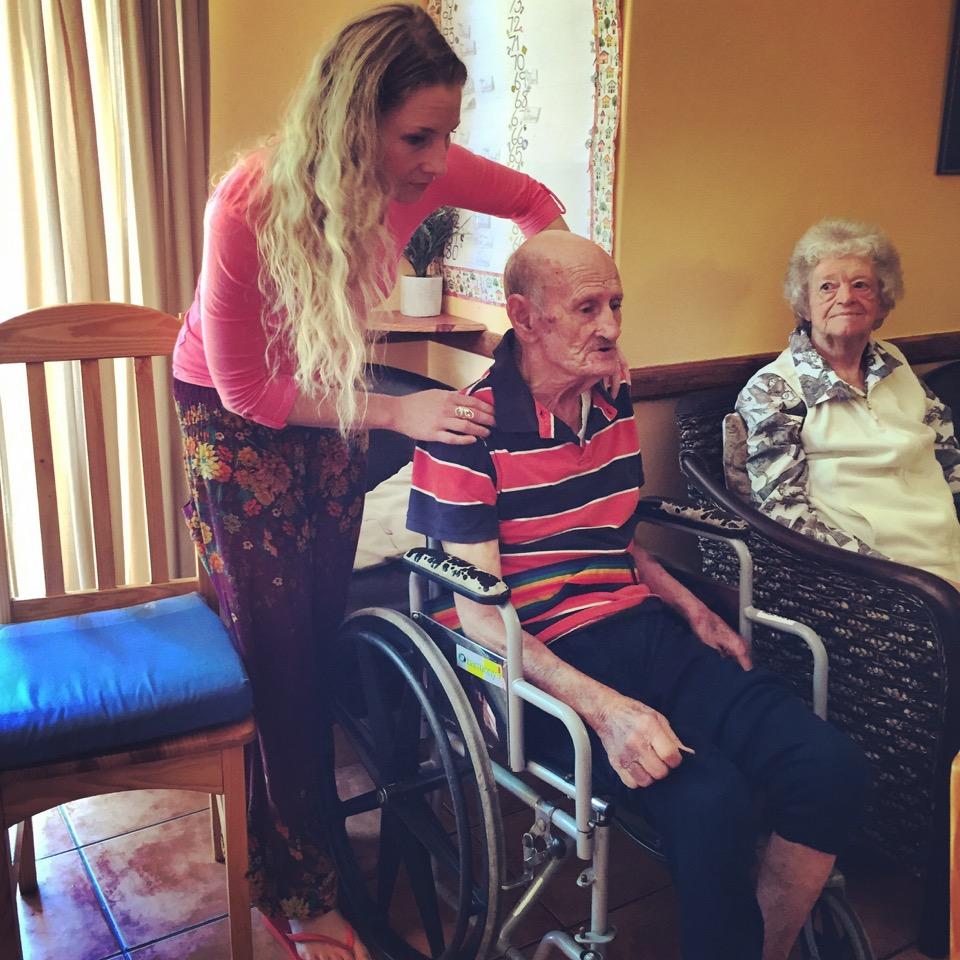 Albe teaching elderly 2